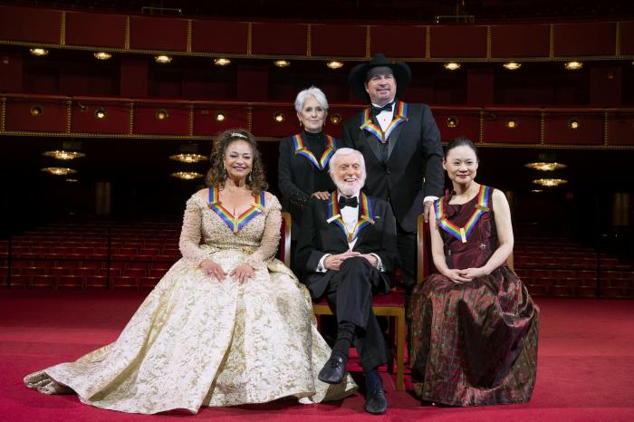 2020 Kennedy Center honorees, from left, choreographer, and actress Debbie Allen; singer-songwriter and activist Joan Baez; actor Dick Van Dyke; country singer-songwriter Garth Brooks; and violinist Midori pose for a group photos at the 43nd Annual Kennedy Center Honors at The Kennedy Center.