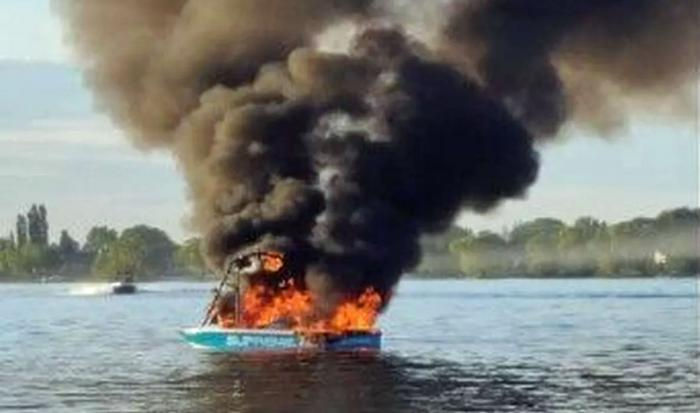 The boat that exploded after its passengers harassed another boat that was flying LGBTQ flags