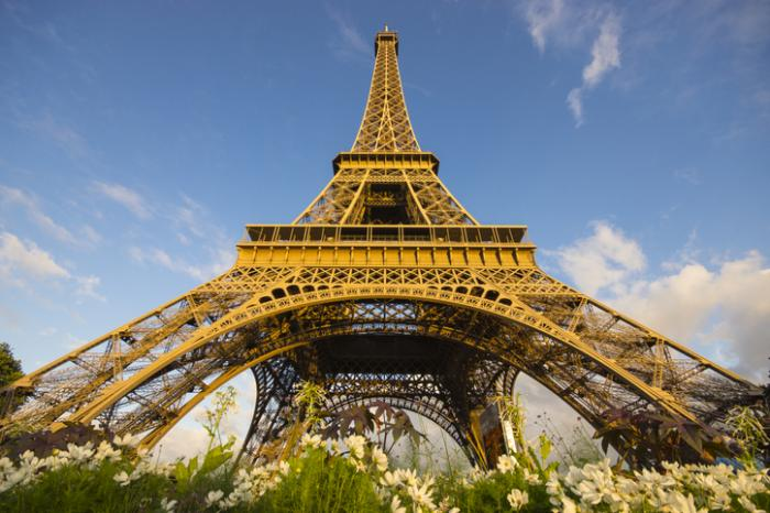 France Requires COVID-19 Pass for Eiffel Tower, Other Sites